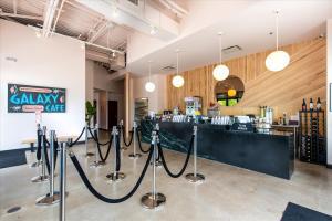 Galaxy-Cafe-1