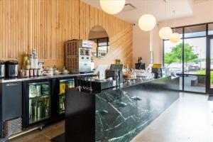 Galaxy-Cafe-16