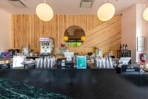 Galaxy-Cafe-17