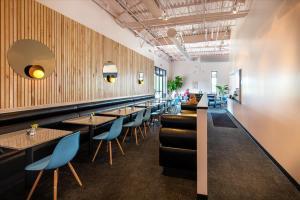 Galaxy-Cafe-5