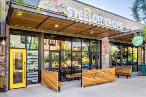 Steel-City-Pops-2