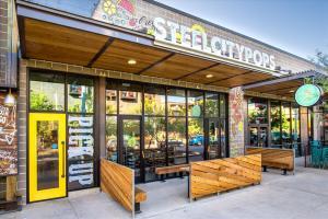 Steel-City-Pops-3